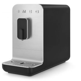 Smeg koffiemachines bean to cup